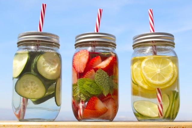 detox-spa-water-strawberry-mint-lemon-lime-cucumber-35-1024x682